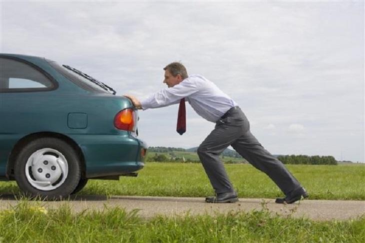 Что делать, если машина не заводится: простые способы завести
