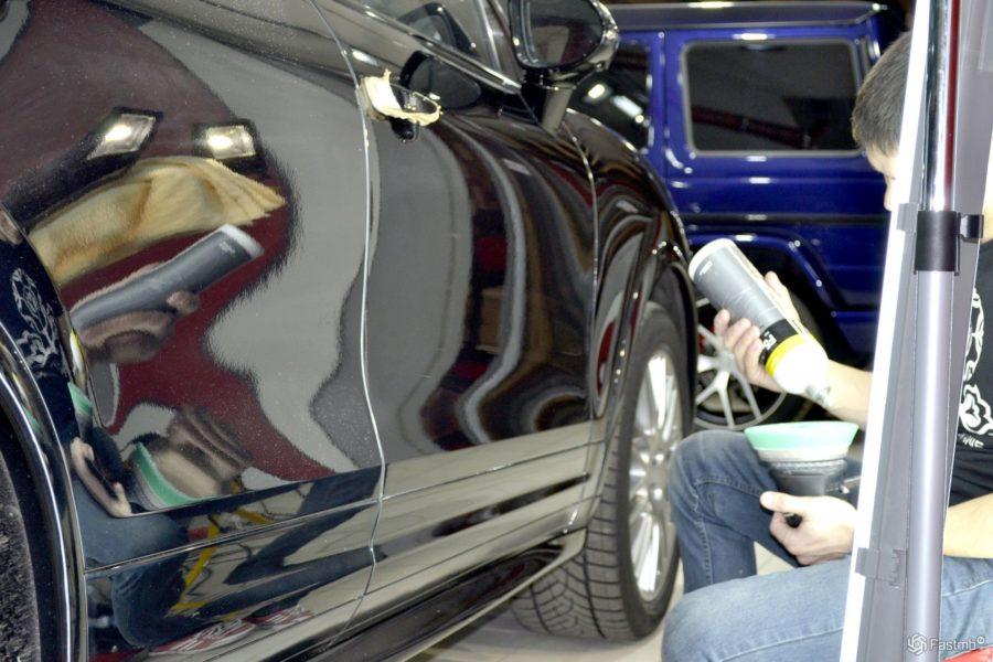 Обработка автомобиля воском