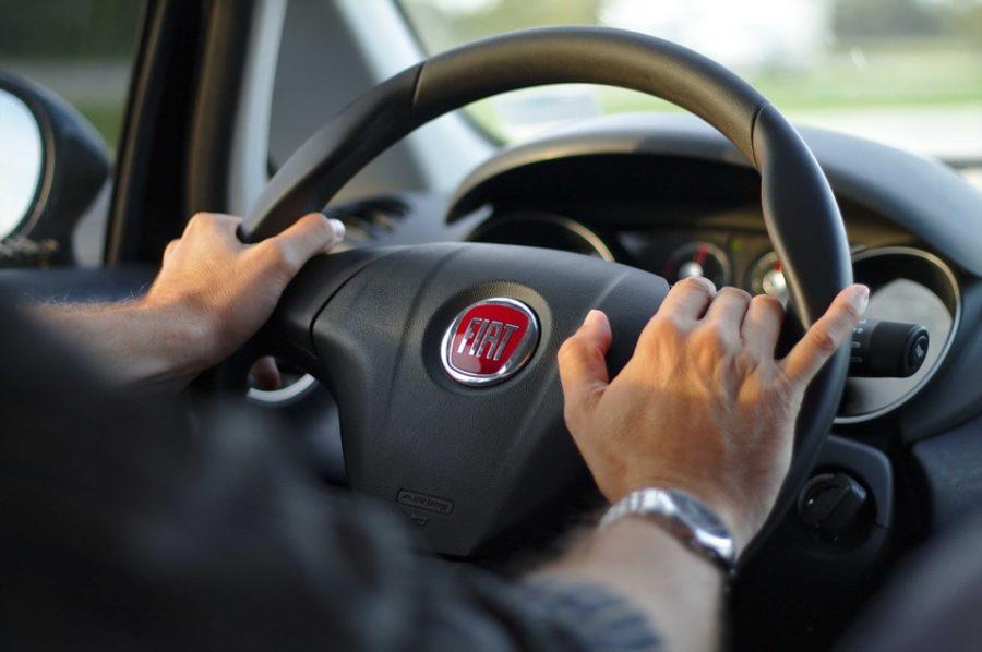 driving-343056_960_720.jpg