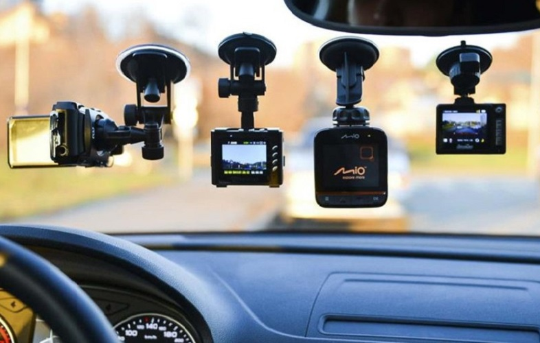 авто видеорегистраторы самый популярный