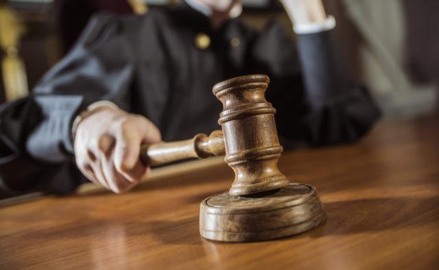 Ситуации, в которых ГАИшник имеет право забрать у вас права