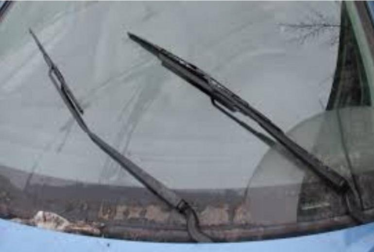 Стеклоочистители на лобовом стекле