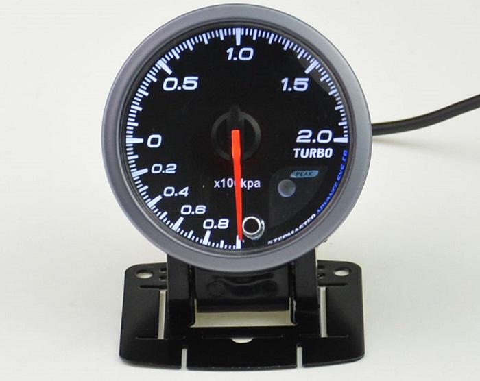 Измеритель наддува двигателя