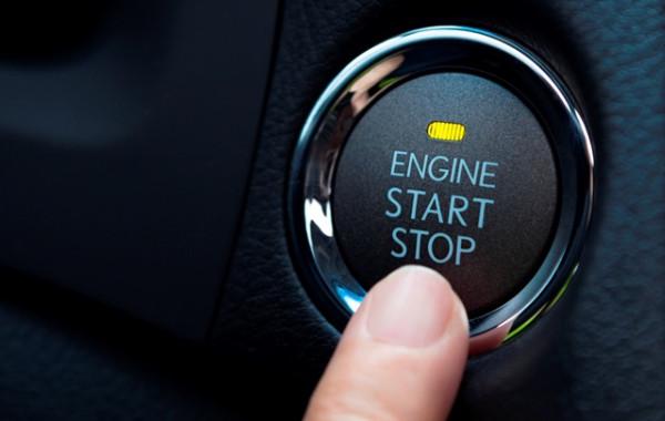 Кнопка Старт в автомобиле