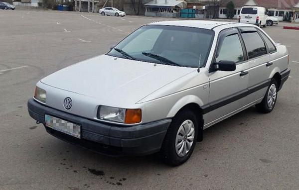 Белый Volkswagen
