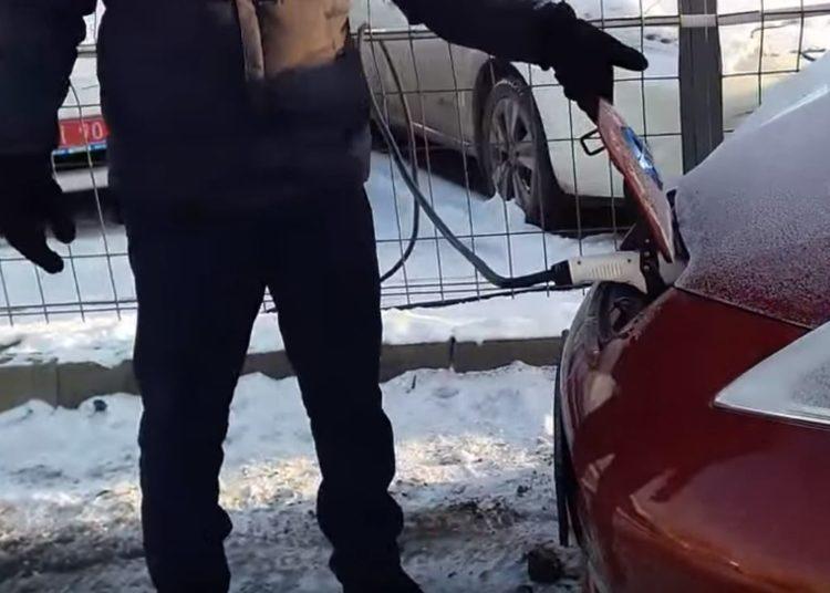 Зарядка электрокара зимой