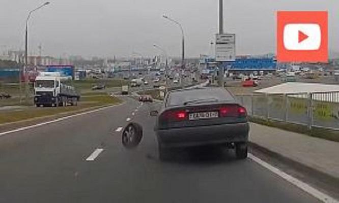 У Renault Safrance отлетело колесо