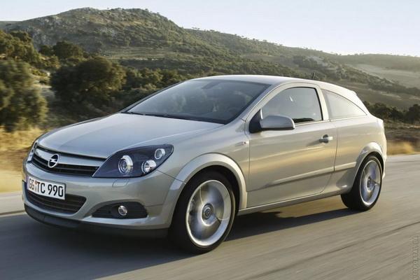 Opel Astra серая