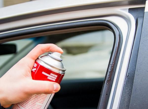 Спрей для резиновых уплотнителей авто