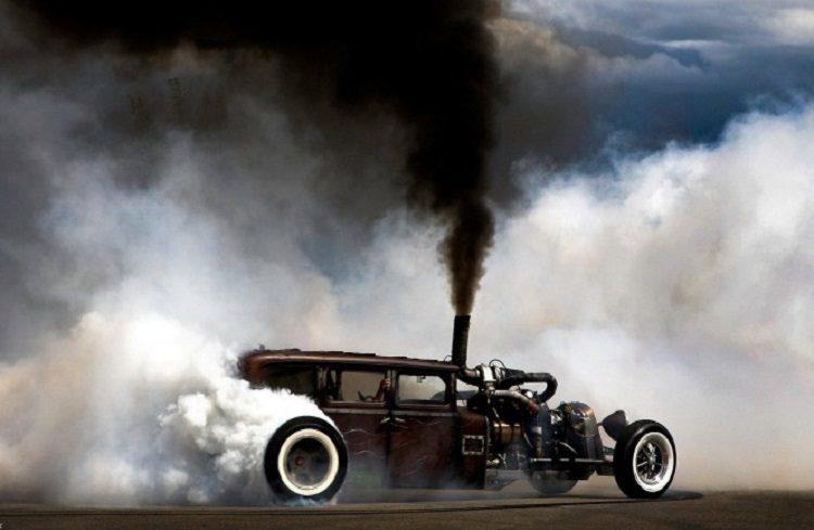 Дым из машины