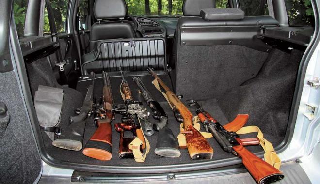 Ружья в багажнике