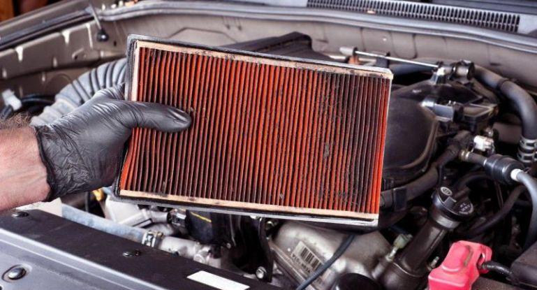 Грязный фильтр печки авто