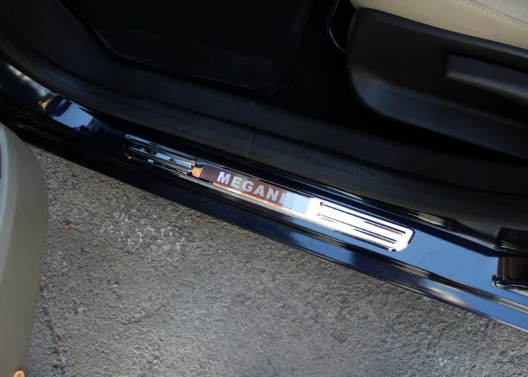Подножка авто с подсветкой