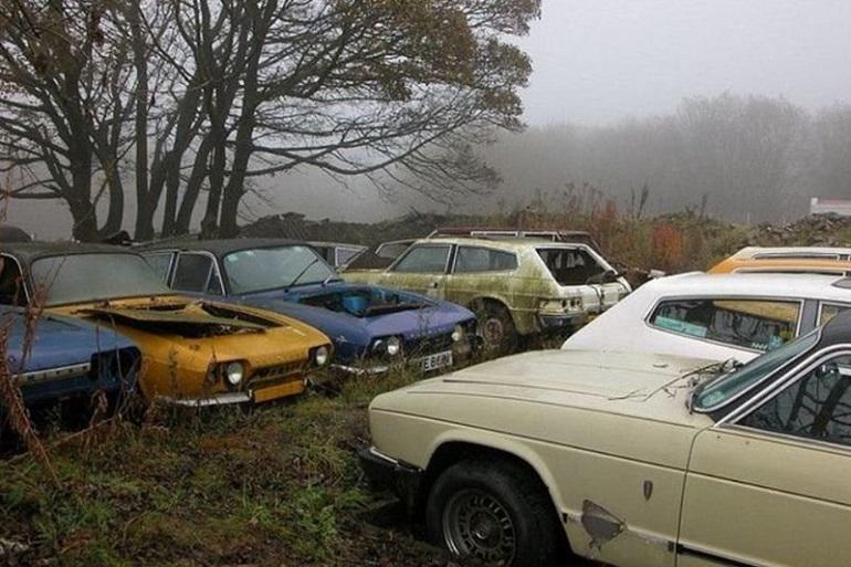 Брошенные старые авто