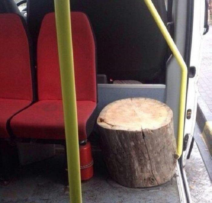Пень в автобусе