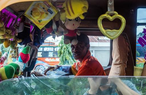 Кабина водителя в игрушках