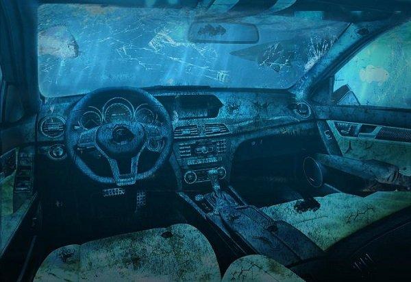 Залитый салон авто
