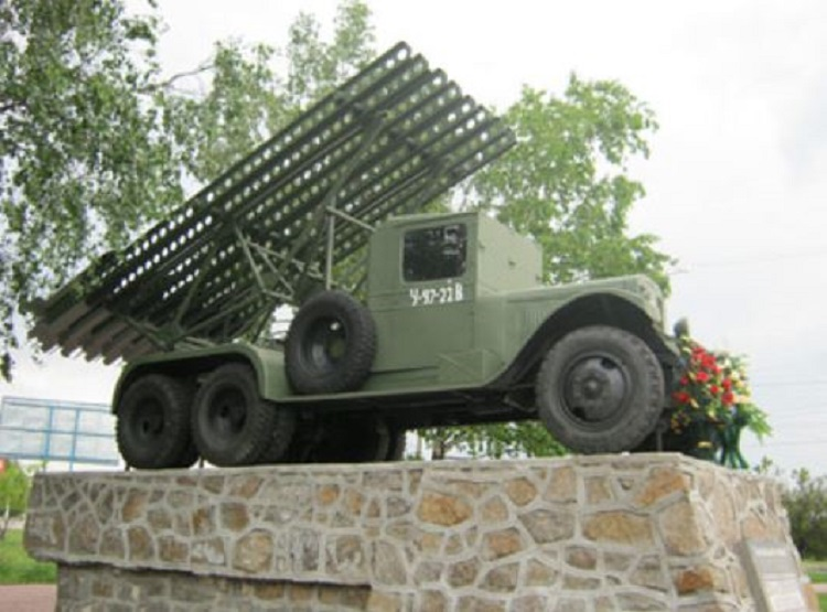 Отреставрированный ЗИС-5 в Кировограде