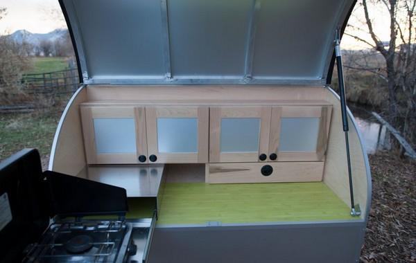 Кухня домика на колесах Moby1 C2 Trailer