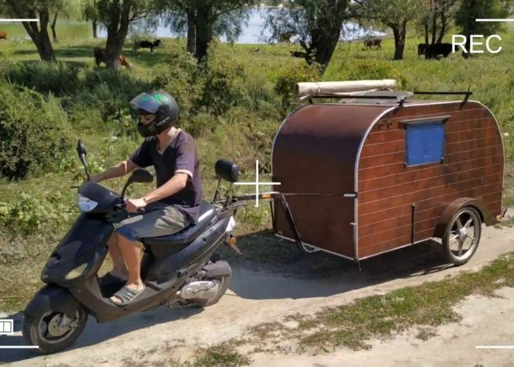 Домик для скутера