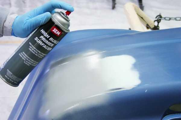 Распыление краски на кузов авто