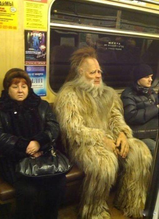 Снежный человек в метро