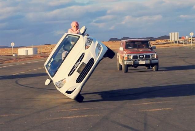 Машина на двух колесах