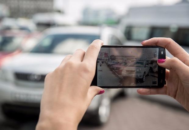 Фото авто на смартфон