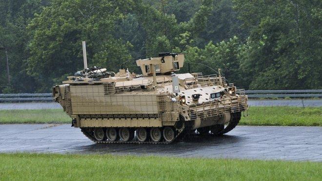 Военная машина AMPV