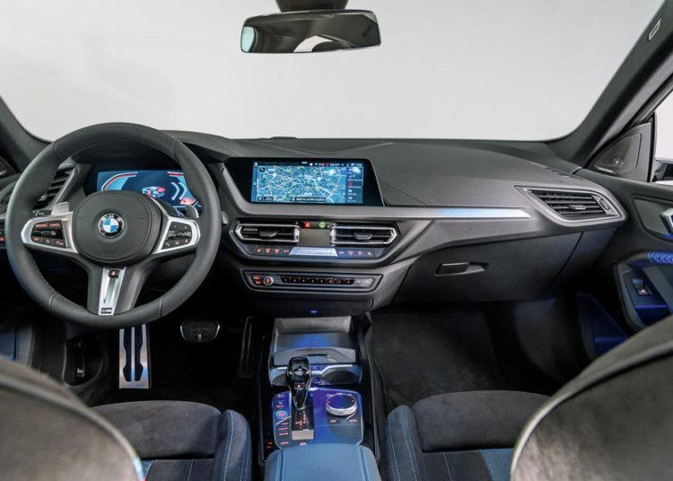 Салон BMW 2 серии