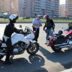 Мотоциклы и инспектор ДПС