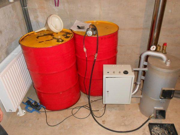 Котлы с топливом и печь