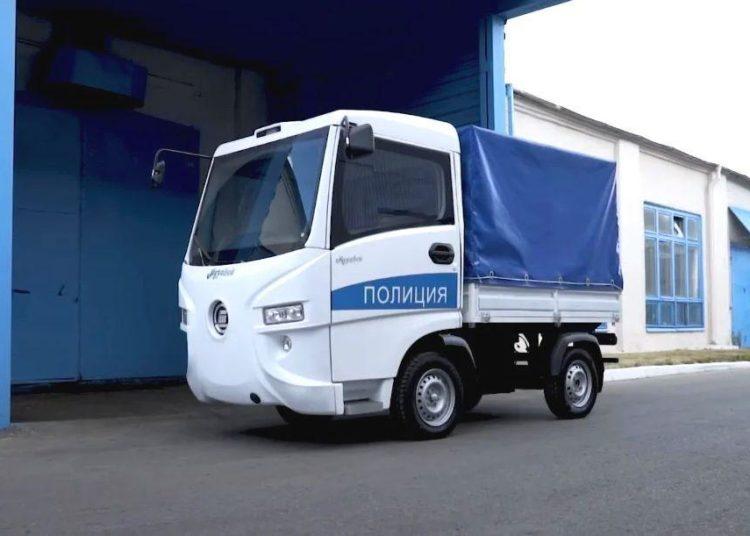 Полицейская машина Муравей