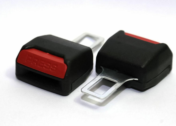 Заглушки-обманки для ремня безопасности