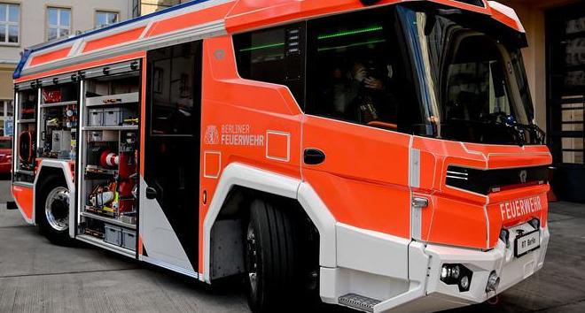 Пожарная машина Rosenbauer