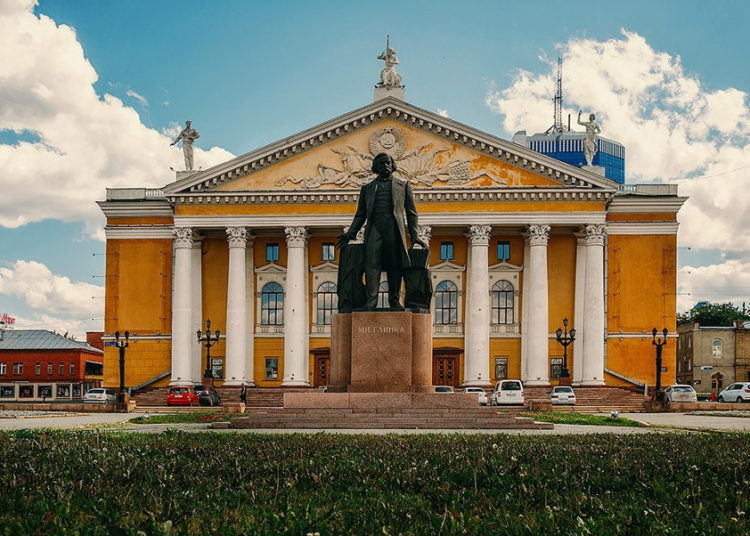 Театр в Челябинске