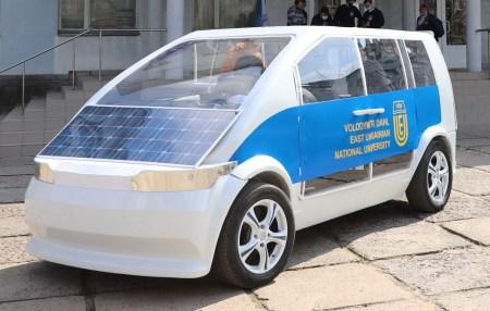 Электрокар Ева с солнечной батареей