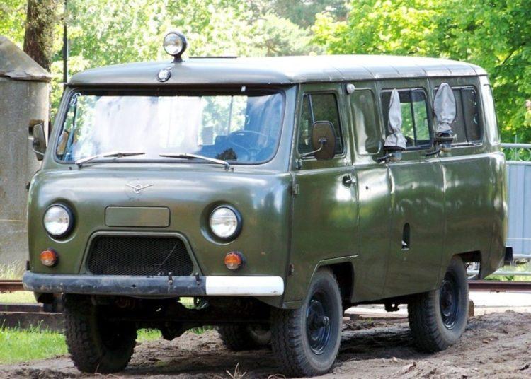 Буханка УАЗ-452
