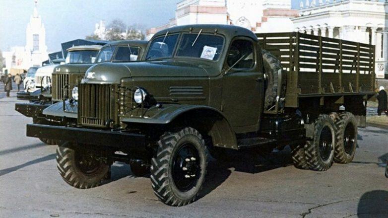 Советский грузовик ЗИЛ