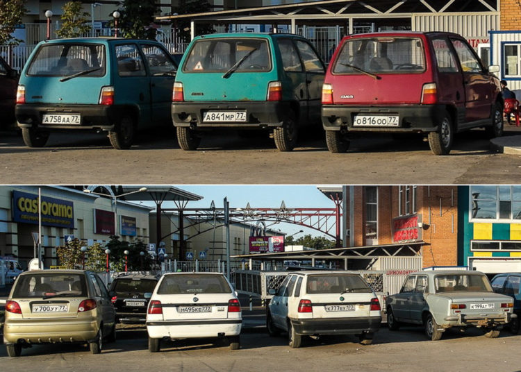 Машины на стоянке