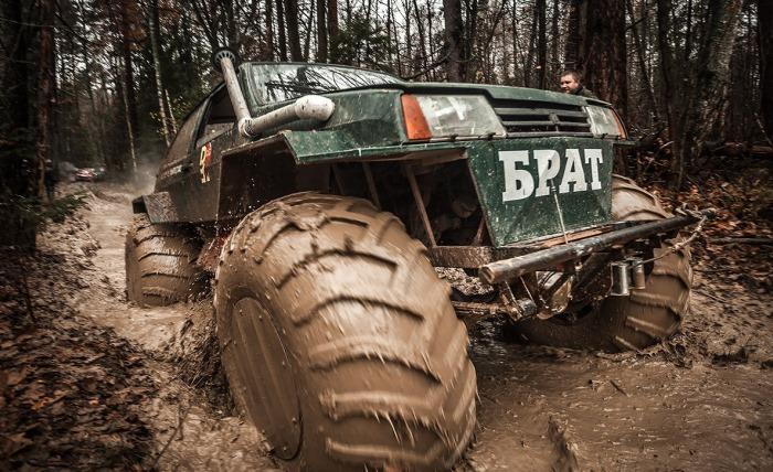 Вездеход Брат в грязи