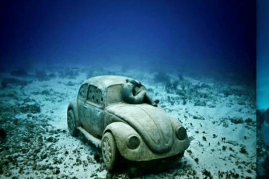 Подводный Volkswagen Beetle