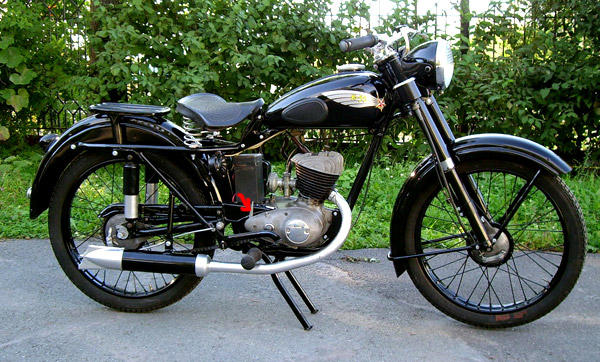 Мотоцикл Минск на асфальте