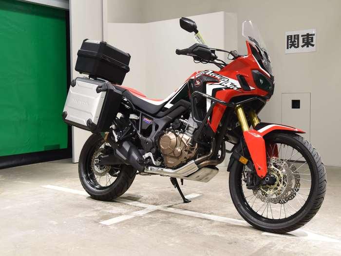 Мотоцикл и японский иероглиф