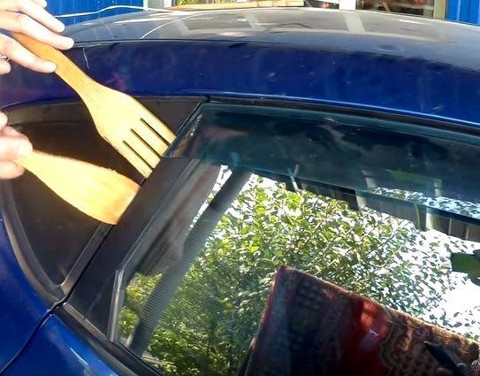 Лопатки для открытия двери автомобиля