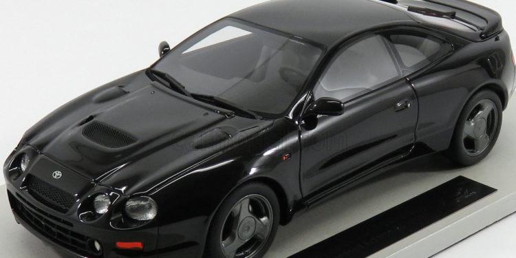 Черная Toyota Celica